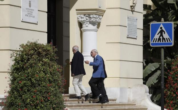 La familia real de Catar presenta su apuesta por la torre ante el Puerto | Diario Sur